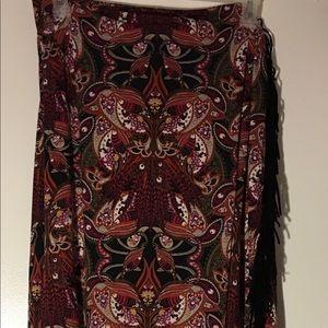 Black fringed straight long skirt. Size 26/28